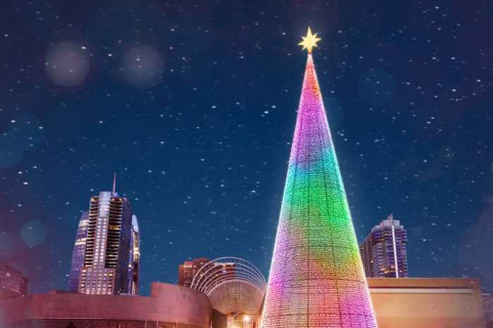 mile high tree for NYE in Denver